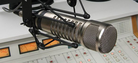 radio-station-microphone1